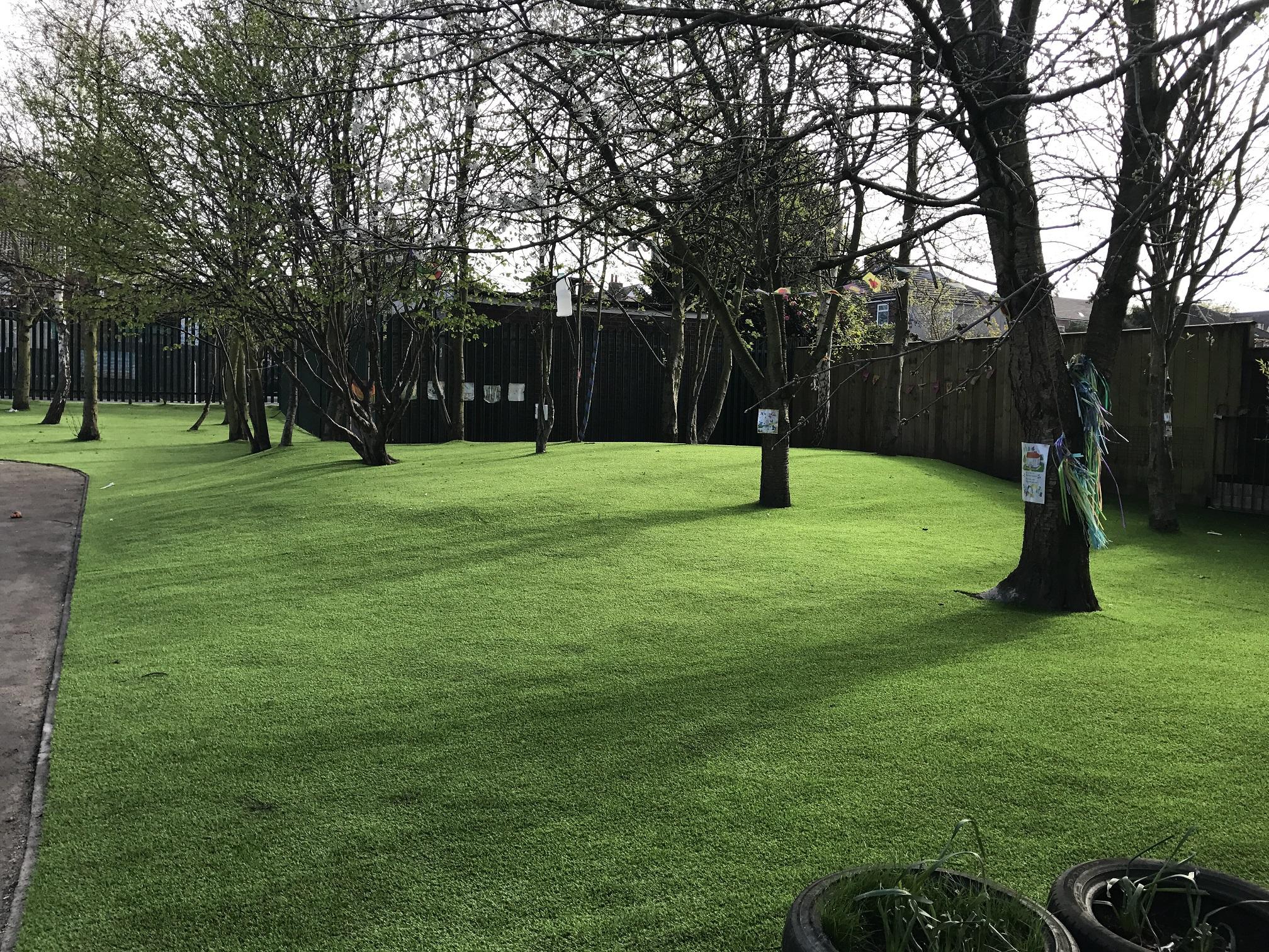 Landscape Gardener Jobs Liverpool - apple-peeler-today